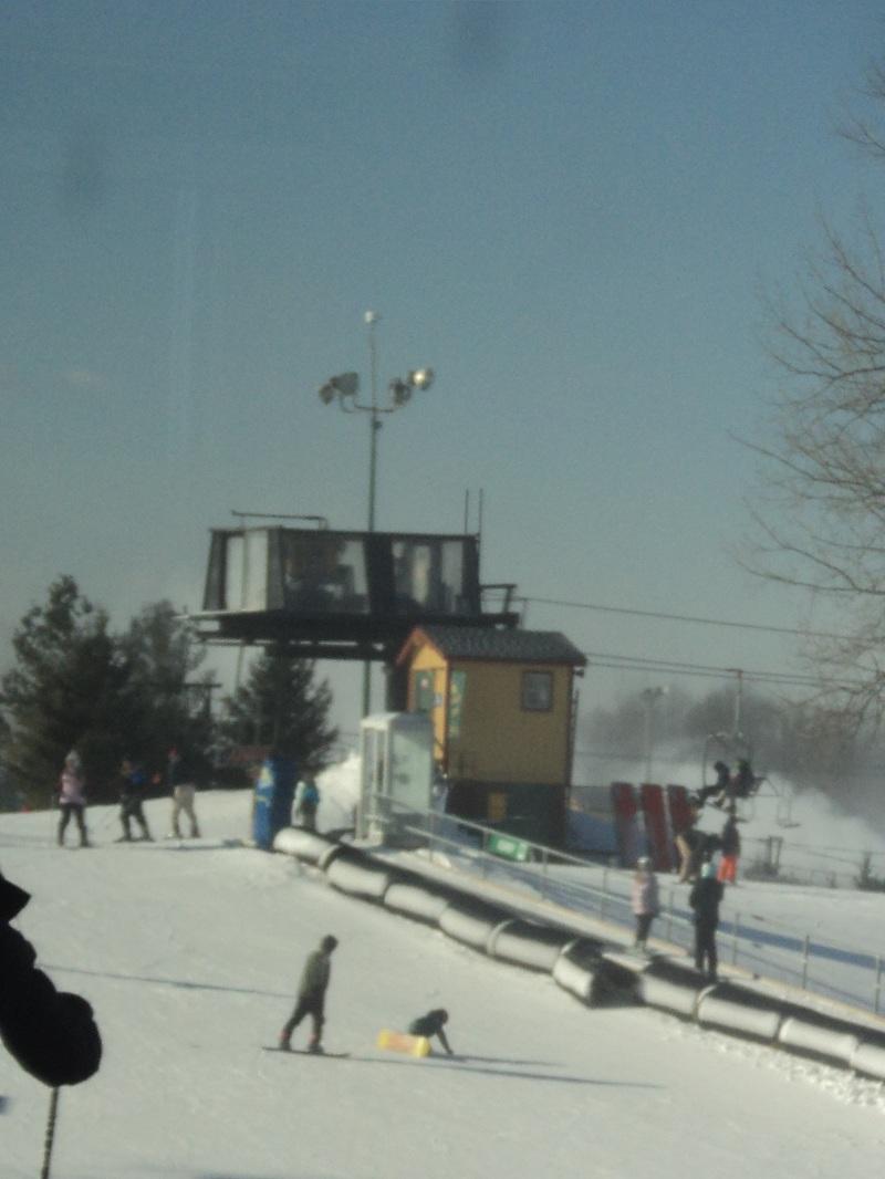 NIS-LYO_Ski_Trip_022a.jpg